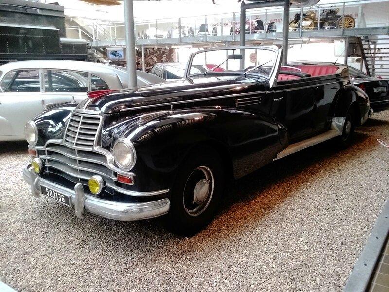 1939-1952-Sodomka-Mercedes-Benz-770-Karosa-02