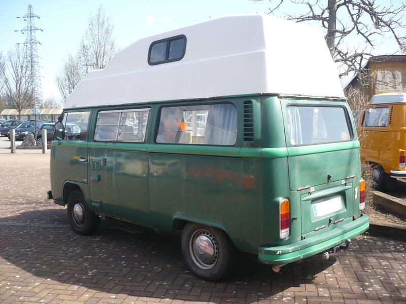 VOLKSWAGEN Combi type 2 vitré surélevé aménagé camping car Dorlisheim (2)