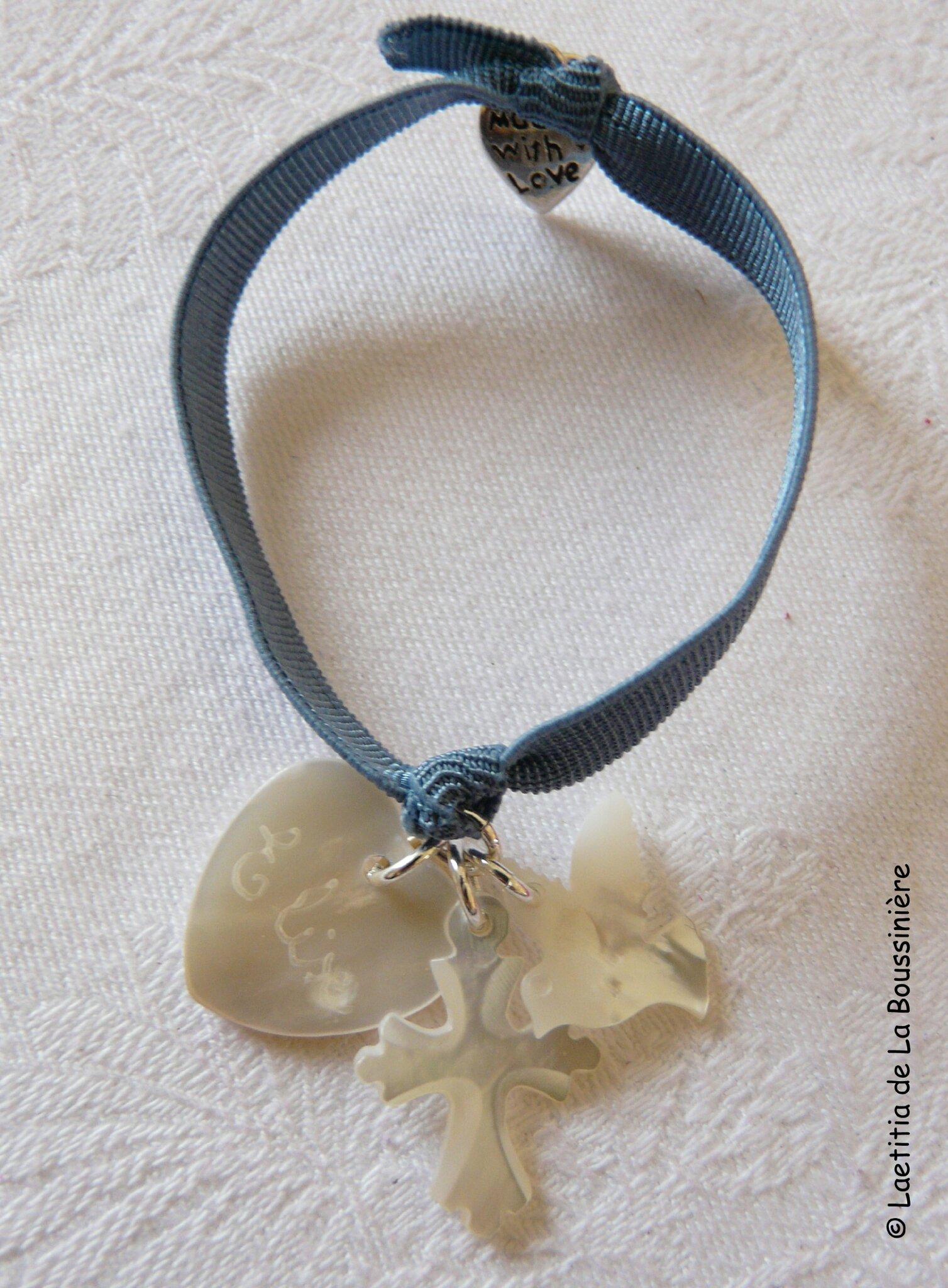 Bracelet Sainte Trinité (sur ruban élastique) - 26 €