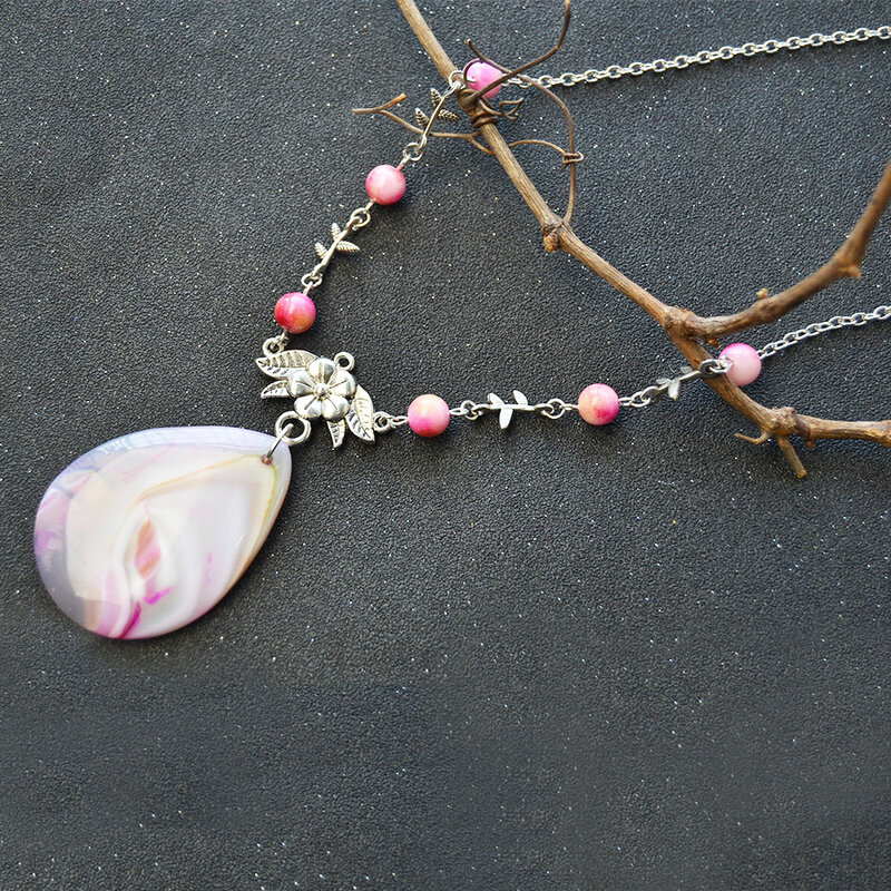 PandaHall-Jewelry-Making-Idea-on-Natural-Agate-Big-Pendant-Necklace-with-Jade-Beads-4