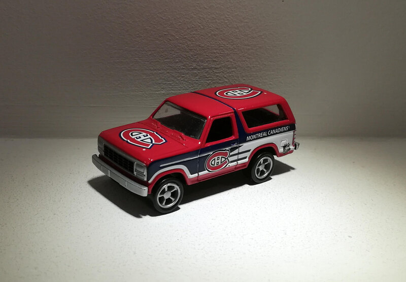 Ford Bronco de 1980 (Racing Champions)