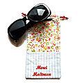 Etui à lunettes personnalisé merci maîtresse atsem cadeau ecole alphabet corail