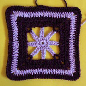 200 carrés crochet Edelweiss