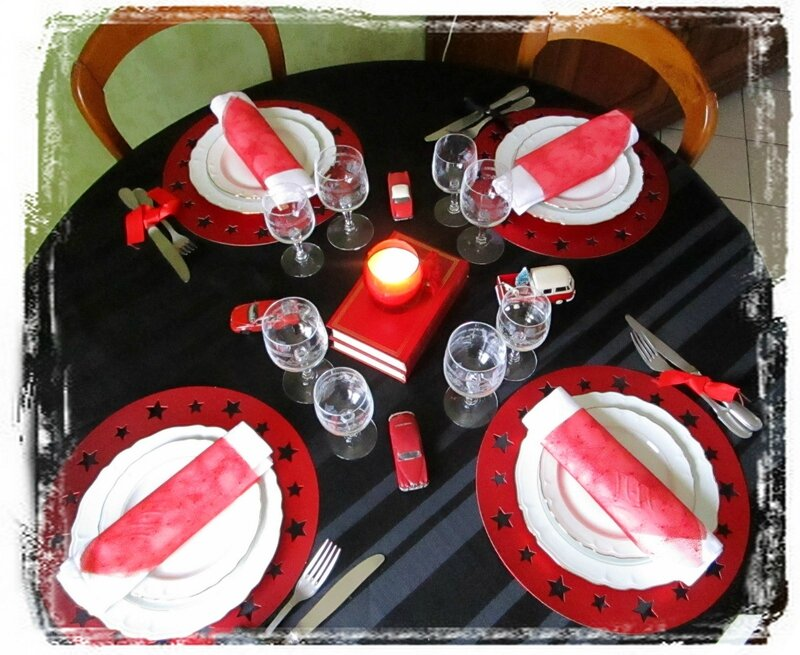 Table rouge5