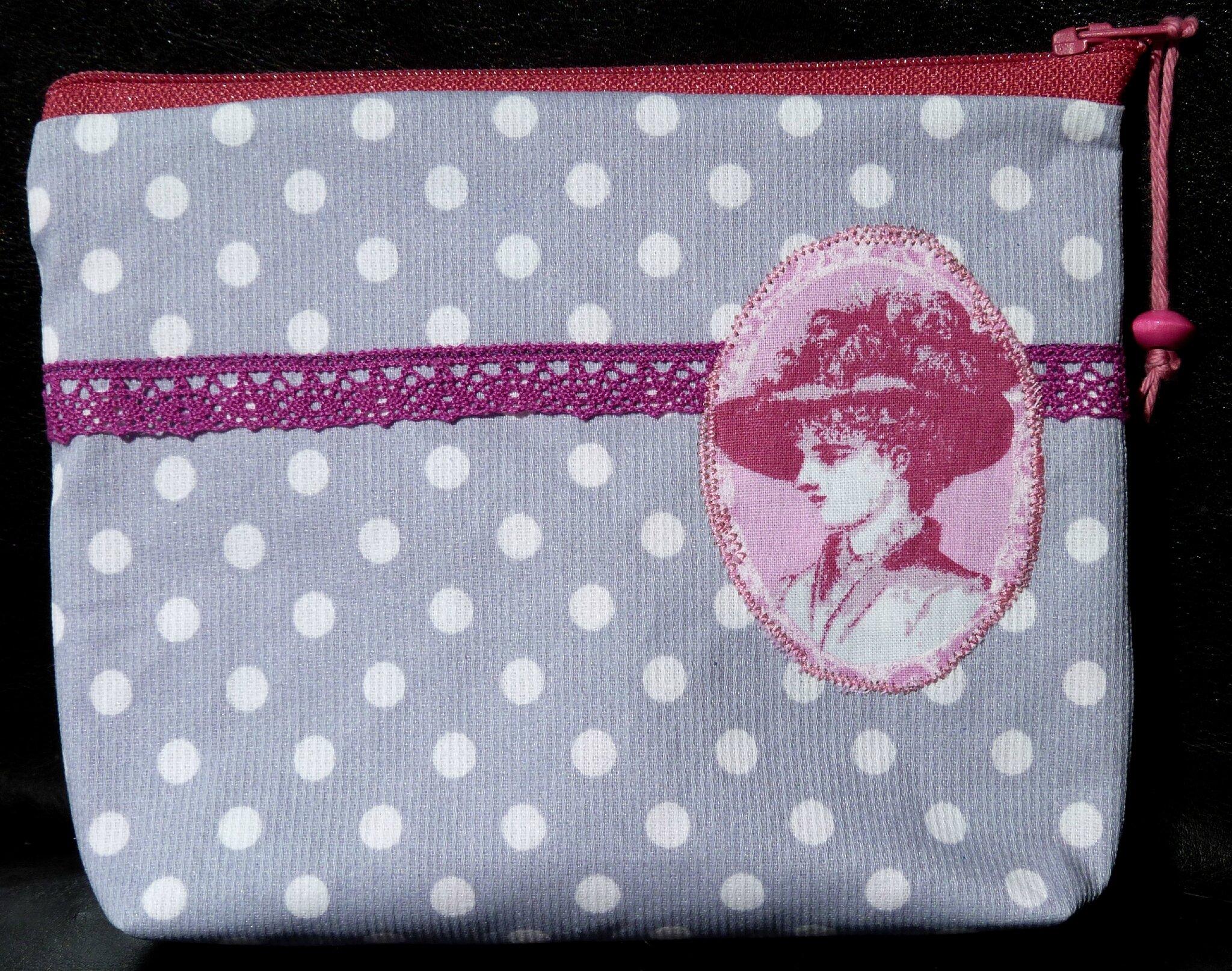 01. gris et rose - camée vintage et dentelle