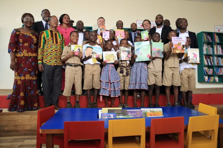 Magic System ouvre une bibliothèque en Côte d'Ivoire