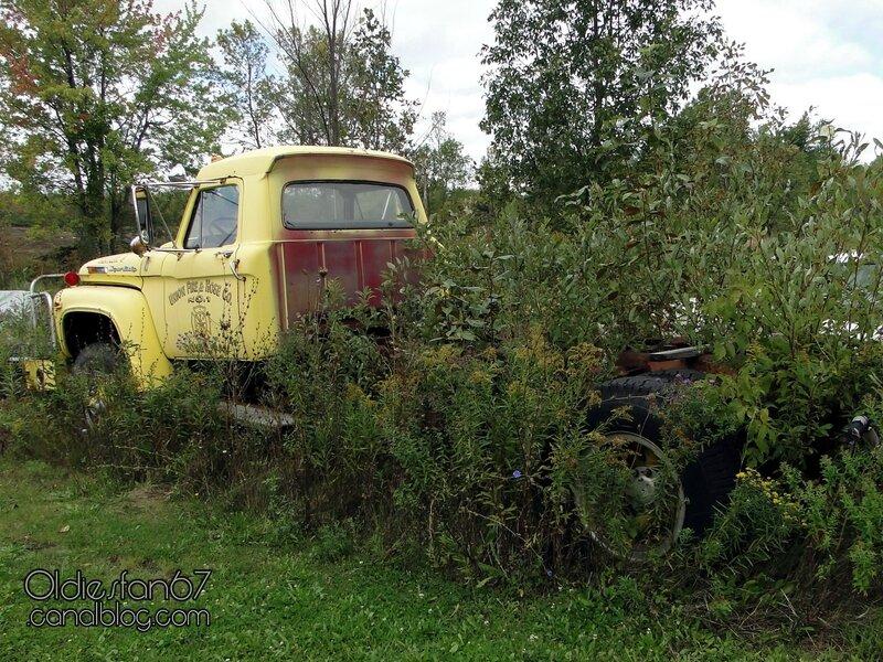 ford-f950-super-duty-firetruck-1968-02
