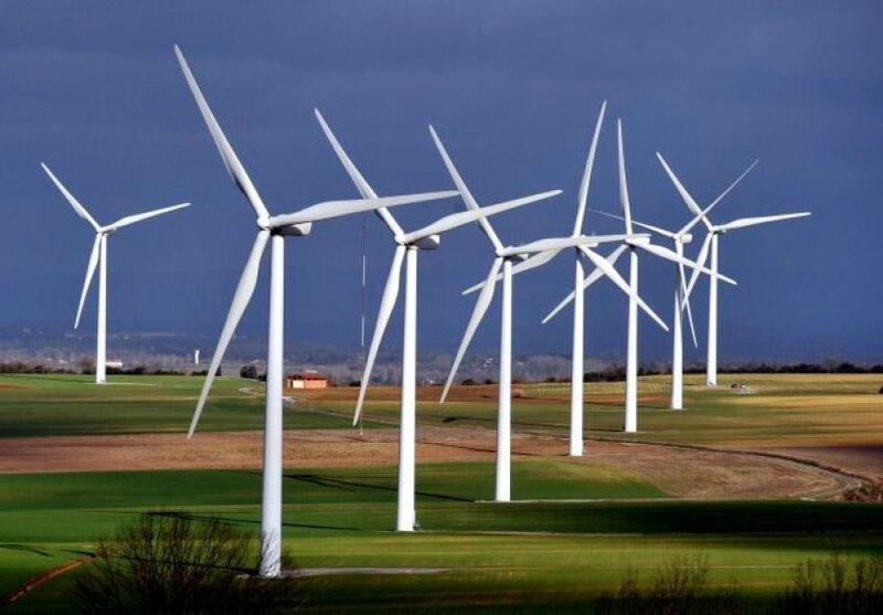 Ces-élus-corrompus-qui-implantent-des-éoliennes