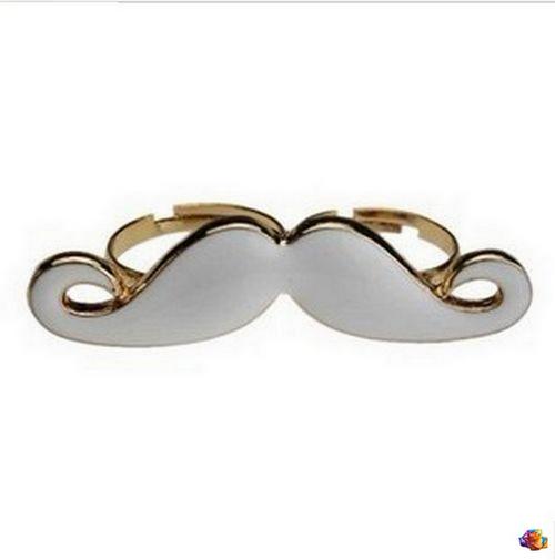 Bague Moustache Double Doigt Email Blanc Métal Couleur Doré Ajustable