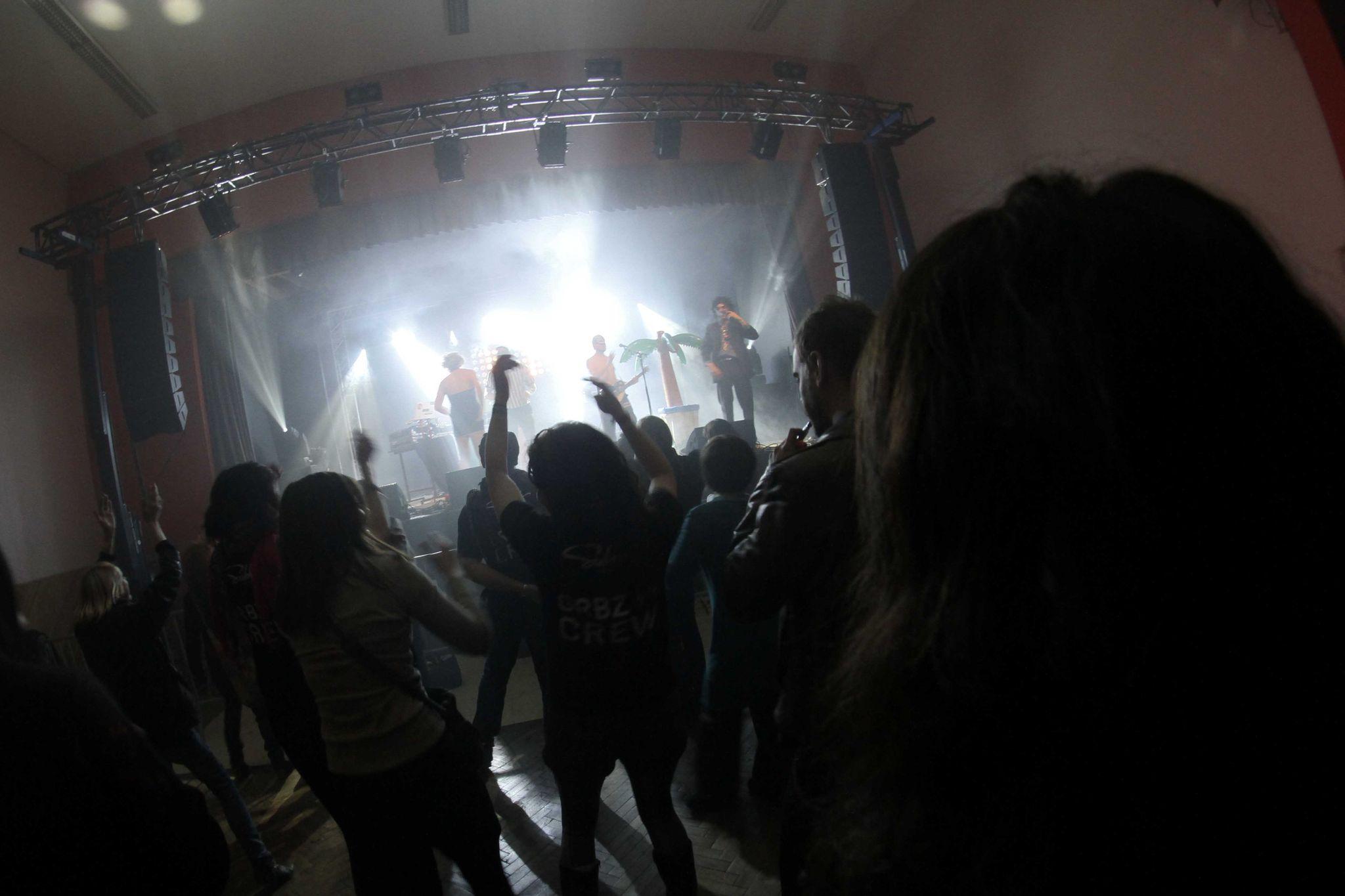 LosCatchos-GrandBazarFestival-LeNouvion-2013-72