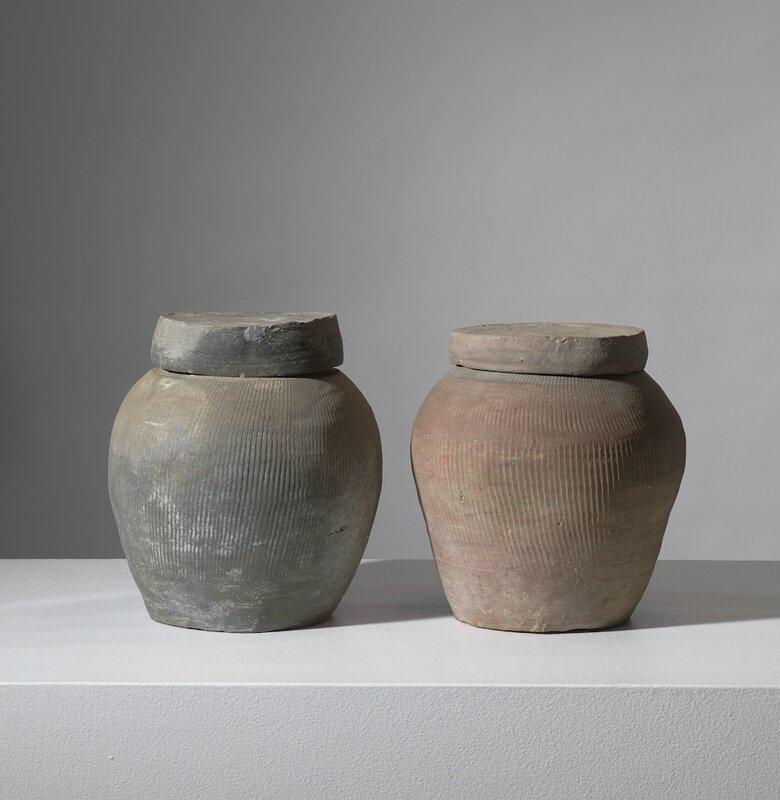 Deux pots couverts, Vietnam, dynastie des Lê, 14°-15° siècle