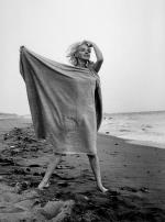1962-07-13-santa_monica-towel-by_barris-011-01b
