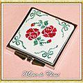 Miroir de Sac Carré Brodé Rosesl 6x6cm