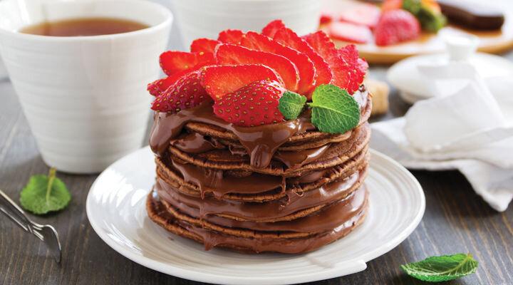 chocolate-strawberry-pancakes-website