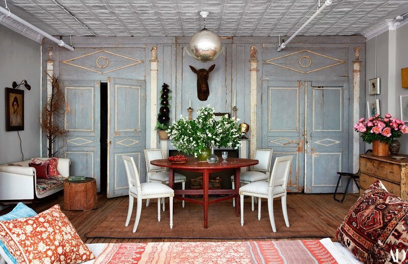 Vintage Eclectic Manhattan home of John Derian photos by Stephen Kent Johnson (2)