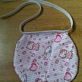 Bavoir Hello Kitty 7€