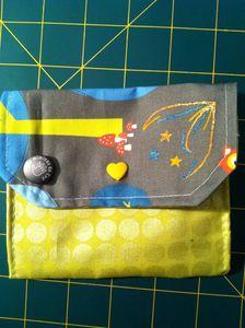 Pochette jaune gris (1)