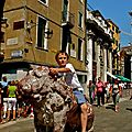 Instantané sur la piazzetta dei Leoncini.