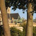 Statue près de Notre Dame