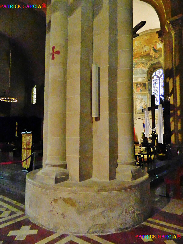 LESCAR-64-CATHEDRALE INTERIEUR--926 copie