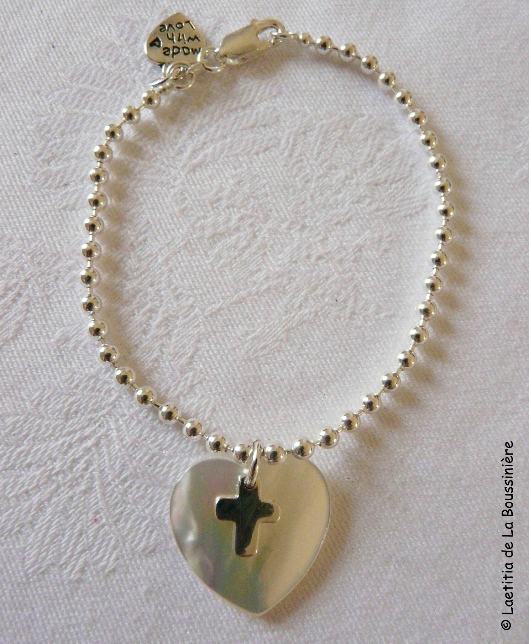 Bracelet perles argent massif coeur et mini Croix - 57 €