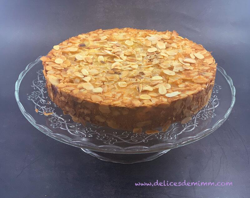 Gâteau renversé aux pommes et amandes 4