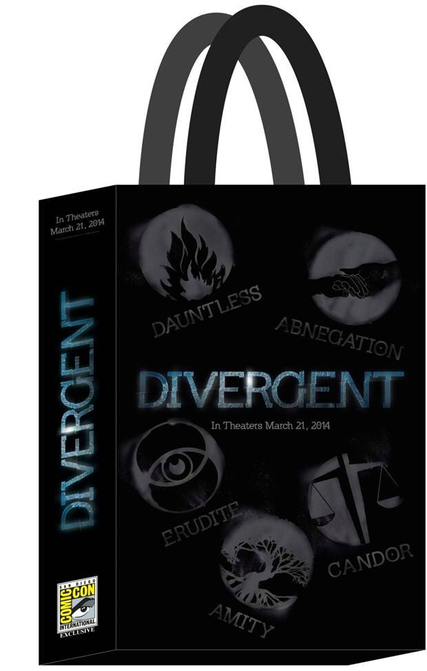 DIVERGENT-Poster-Bag-Summit-Booth Comic Con 2013