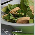 Salade légère tofu, avocat, sauce yaourt
