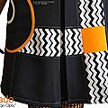 MOD 393D robe Printemps 2016 Trapèze bicolore noire Orange blanc motif geometrique