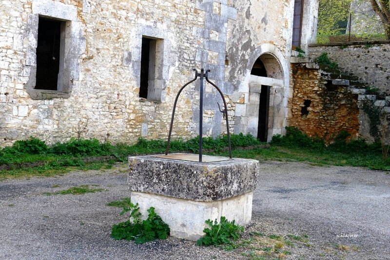 Puits chateau La Roche