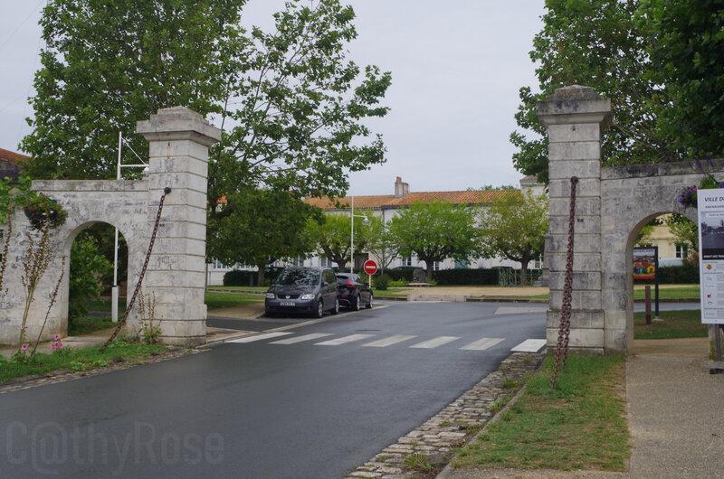 && Porte d'Ors