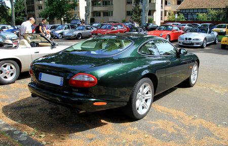 Jaguar_XK8_coup__de_1999__Strasbourg__02