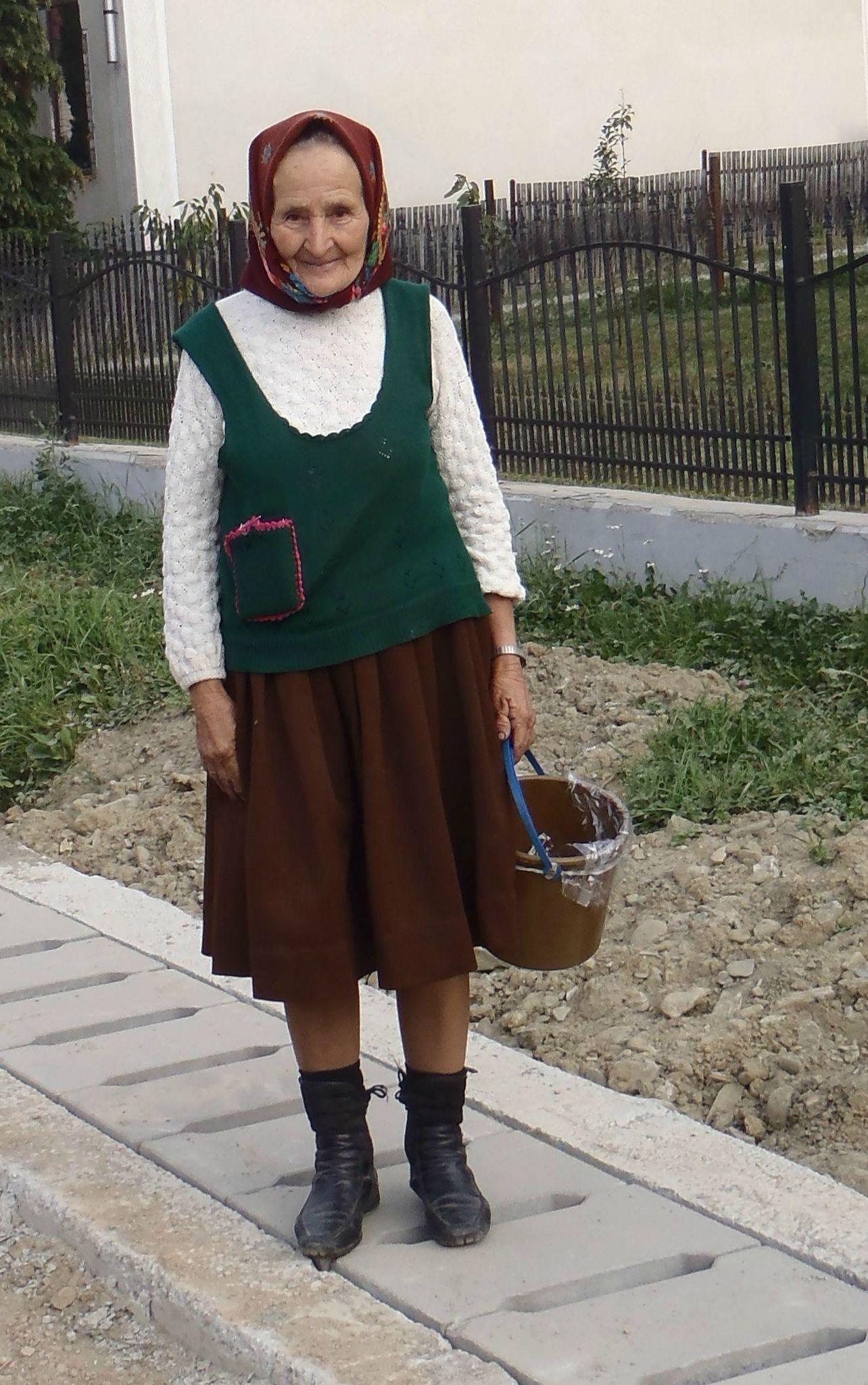 roumanie - borsa costume traditionnel