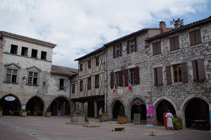 && Castelnau de Montmiral (2)