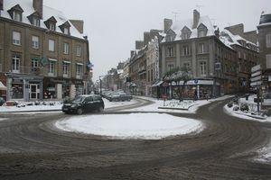 Avranches neige 18 janvier 2013 place Littré rue de la Constitution