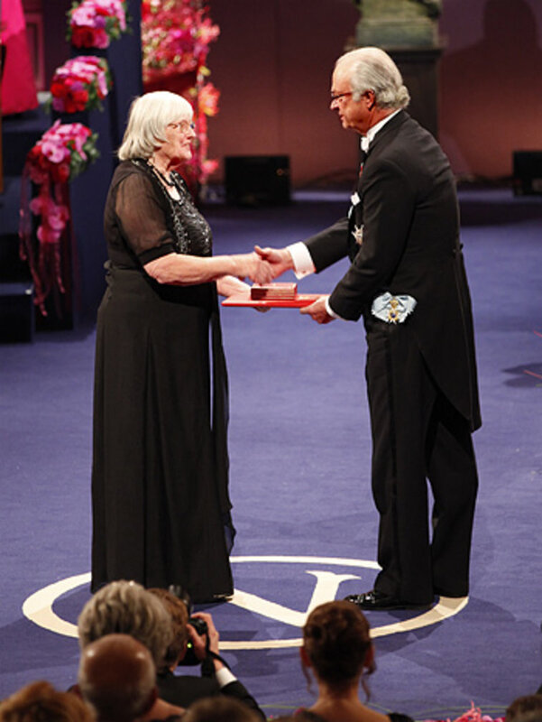 Ruth Edwards receiving Robert Edwards Nobel Prize in 2010
