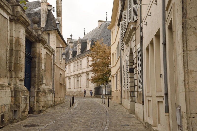 Bourgescity-001