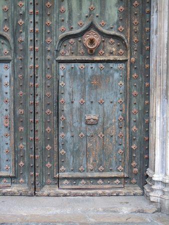Porte_1Gerone