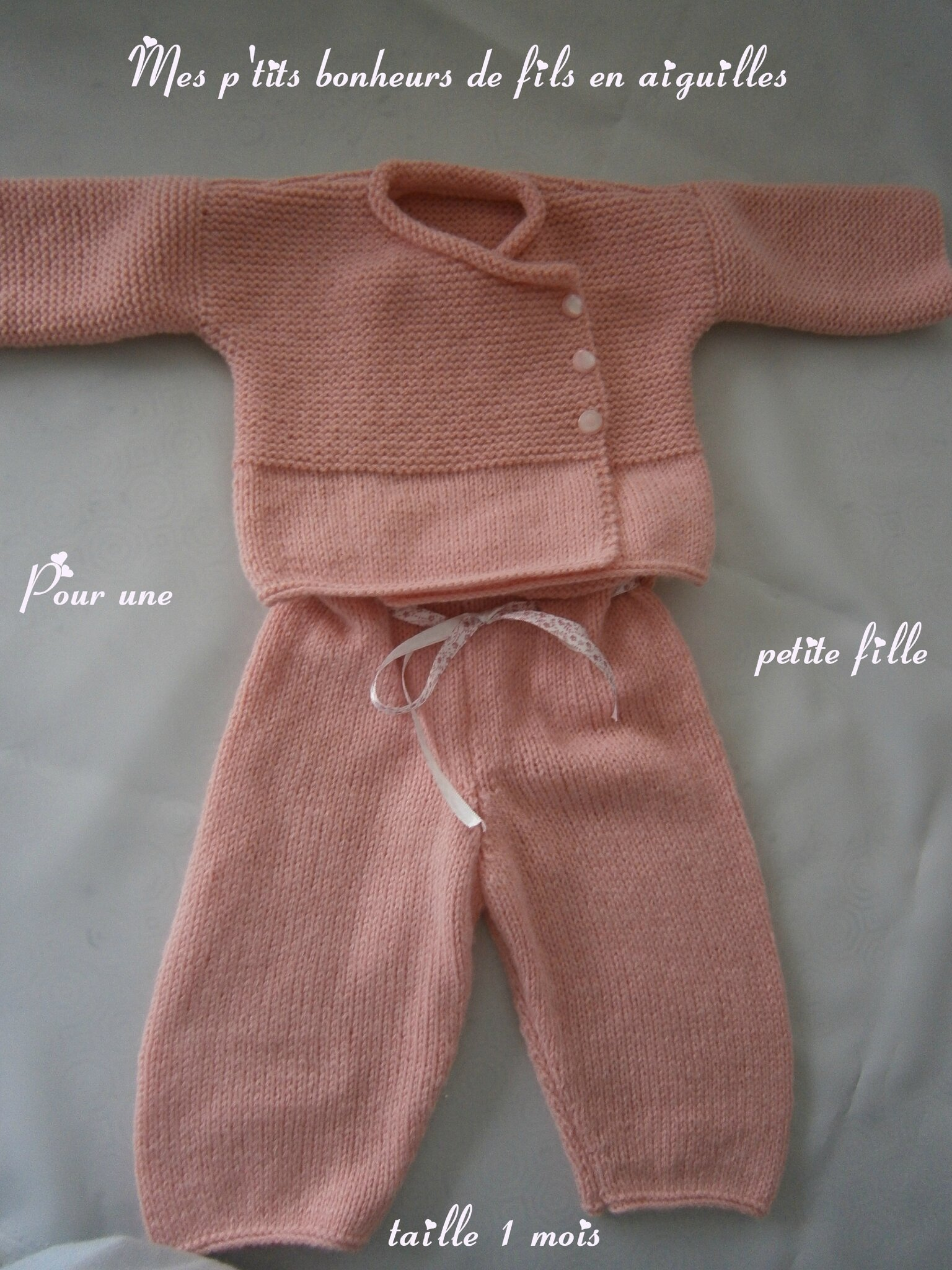 Ensemble layette rose poudre pour fille (brassière et pantalon) 1 mois