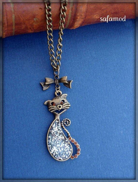 collier-collier-pendentif-chat-resine-arge-3435819-p4020342-195ac_570x0