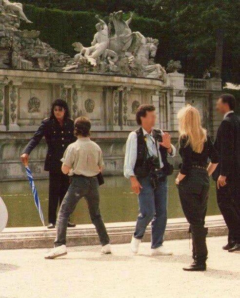 Michael_Schloss_Schönbrunn_Viena_Austria_1988_Rare_Picture