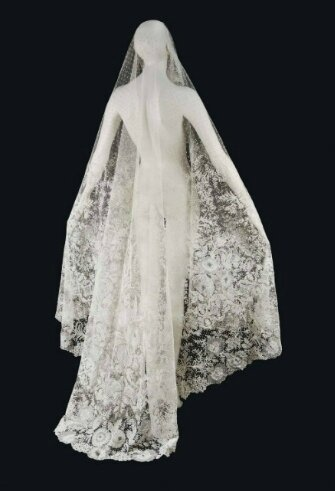 A Belgian needle and bobbin lace tear-shaped wedding veil, Brussels, circa 1860