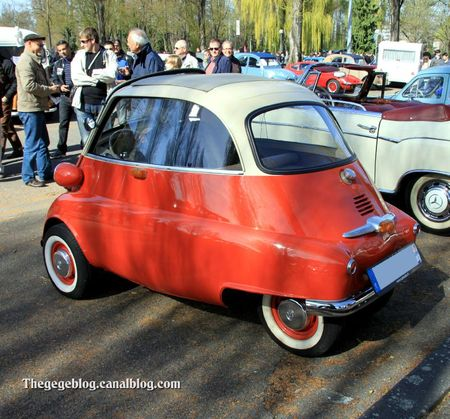 Bmw 250 isetta (Retrorencard avril 2012) 02
