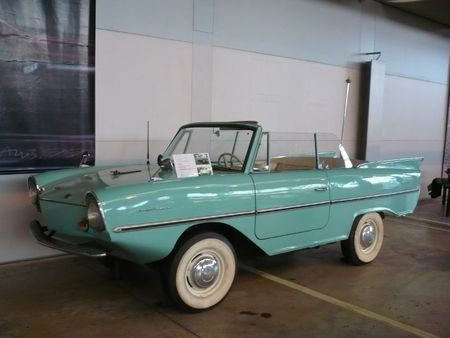 AMPHICAR type 01-770 1962 Bruxelles Autoworld (1)