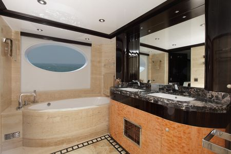 Majesty_125_Owner_s_Ensuite