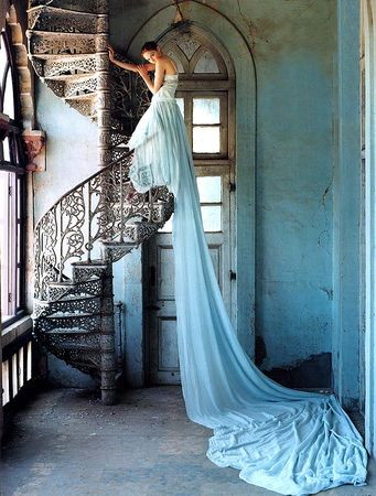 tim_walker_stairway_lily_cole