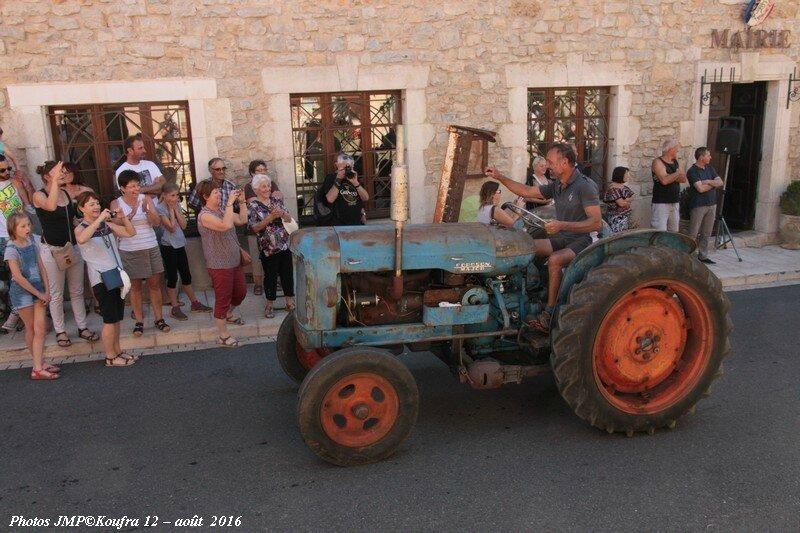 Photos JMP©Koufra 12 - Rando Tracteurs - 14 aout 2016 - 0250 - 001