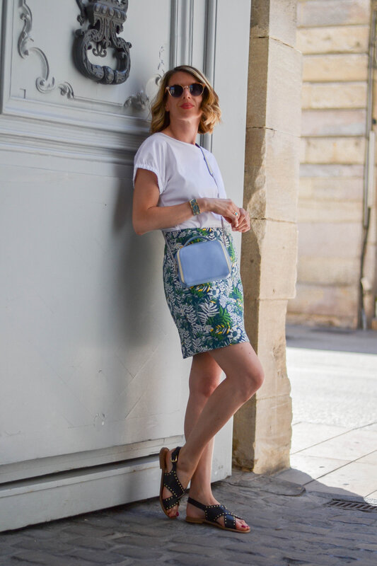 blue bag and print skirt - styliz (12)