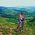 Balade à vélo à travers l'ardèche verte du nord , sauvage et secrète (massif central /ardèche)