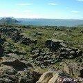 Dans le majestueux amphithéâtre naturel de Pingvellir...